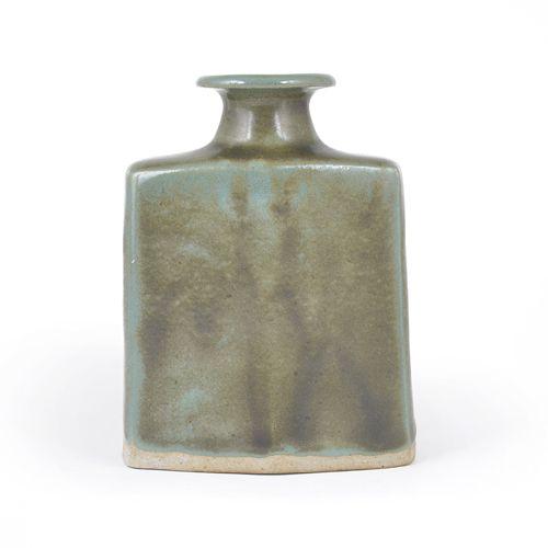 Shinsaku Hamada (Japanese, b.1929)  Bottle Vase