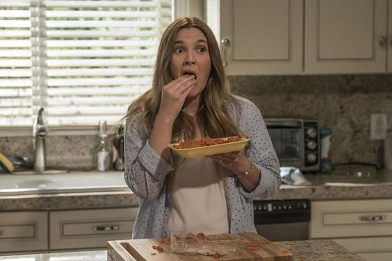 New photos arrive from Santa Clarita Diet with Timothy Olyphant and Drew Barrymore: