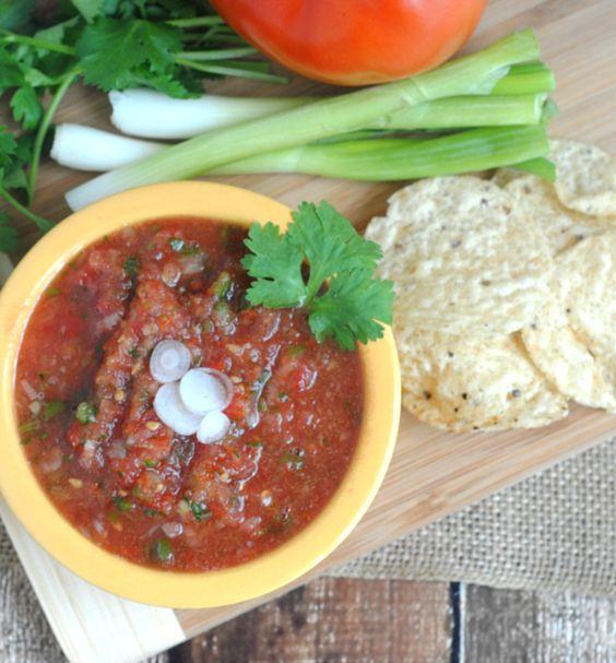 Garden Fresh Blender Salsa Recipe from Domestic Executive Online. Somebody make me a margarita!