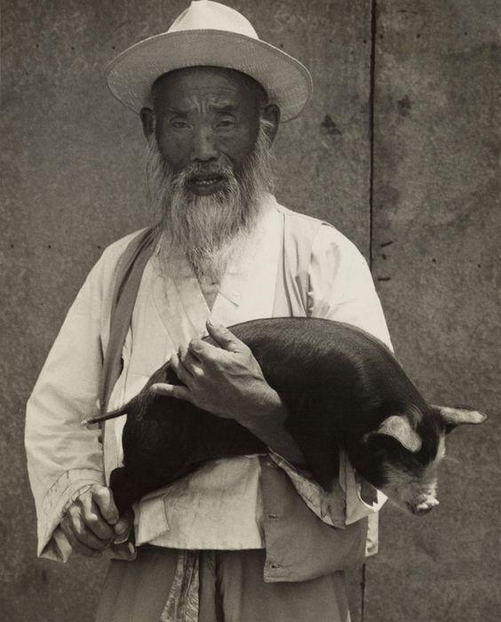 Soon Tae (Tai) Hong (South Korean, born 1934) 'Chong Ju' 1970