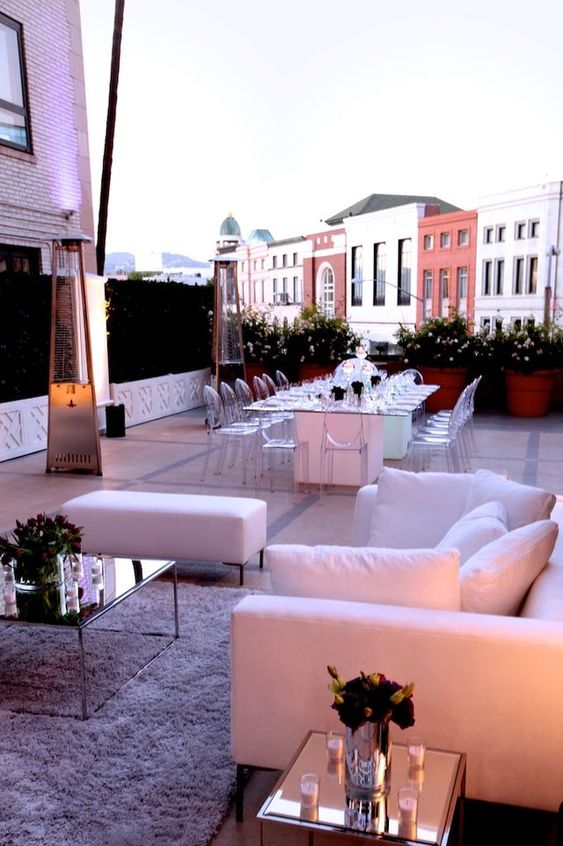 Rooftops lounge areas and outdoor parties on pinterest for Outdoor cocktail party decorating ideas