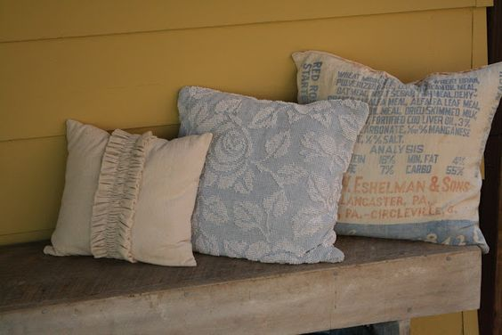 Primitive & Proper: Freshening up the Porch & Passing it on!