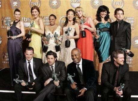 ''Grey's Anatomy'' cast, (L-R top row) Ellen Pompeo, Kate Walsh, Chandra Wilson, Sandra Oh, Katherine Hiegl, Sara Ramirez, T.R. Knight, (L-R bottom row), Justin Chambers, Patrick Dempsey, James Pickens, Jr. and Eric Dane pose with their awards backstage at the 13th Annual Screen Actors Guild Awards in Los Angeles January 28, 2007.