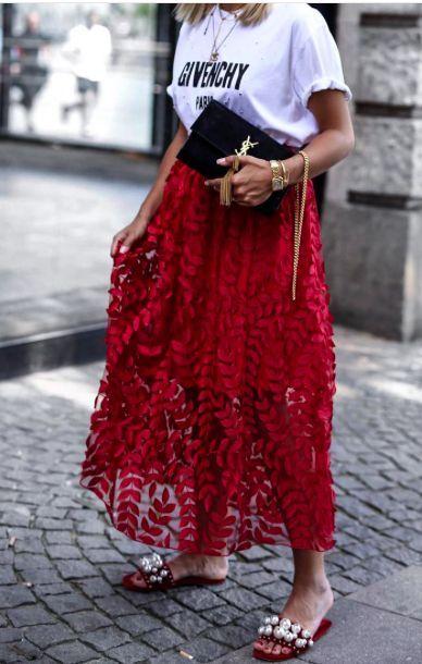 tenue rouge et blanc