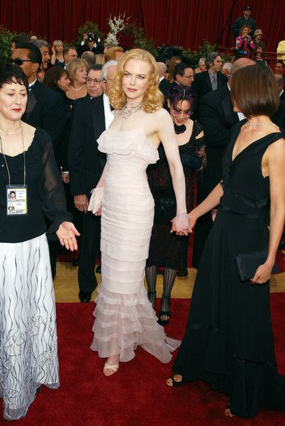 Every Dress Nicole Kidman Has Worn To The Oscars - Photos