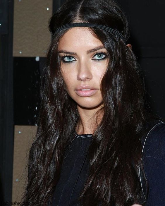 Gorgeous Adriana Lima backstage at Versace fall/winter 2016 collection – Milan fashion week. #versace: