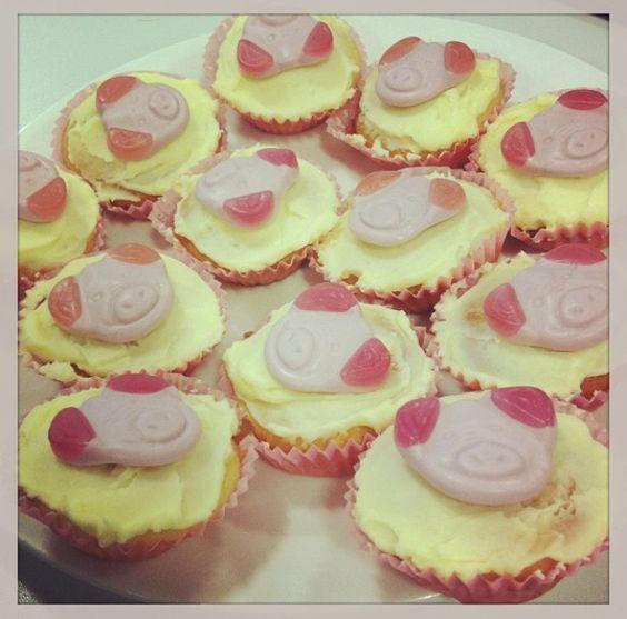 Percy pig cupcakes!