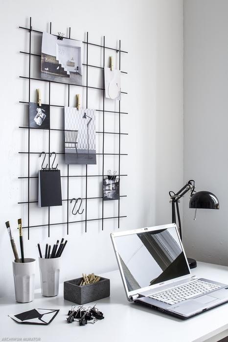 Organizer na ścianę nad biurkiem DIY: kratka przypominajka MUST HAVE blogerów