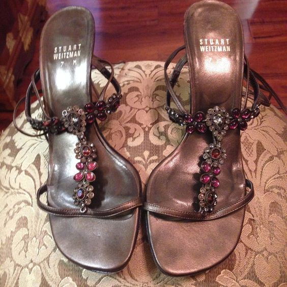 Stuart Weitzman Gold Leather Rhinestone Strappy Sandals w/Leg Straps Sz 7M #StuartWeitzman #Strappy