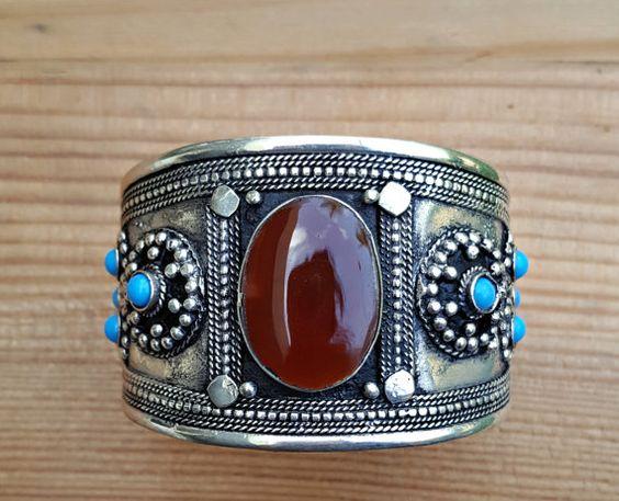 Türkis Manschette Armband-Boho Armband-Türkis und von ZamarutJewel