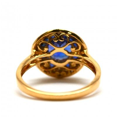 18 Kt Yellow Gold Tanzanite, Sapphire and Diamond Ring