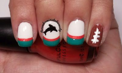 Miami Dolphins Football manicure