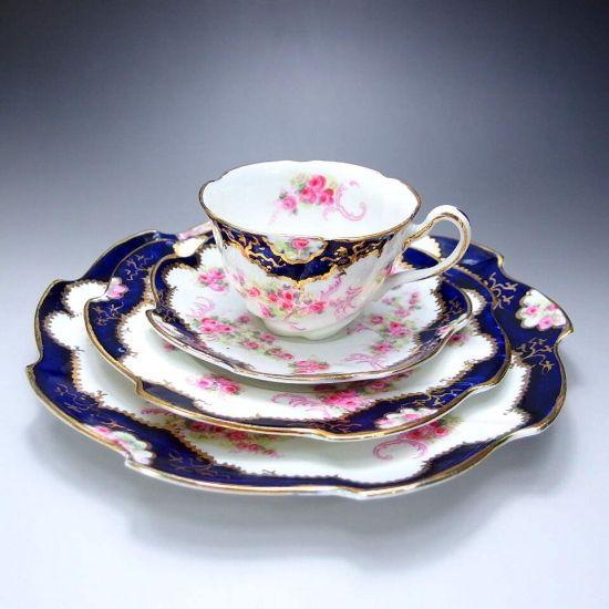 本日はとてもロマンチックな作品をご紹介させていただきます。後期ロマン主義・最高傑作・ウィリアムソン 『ロマンス II』です。こちらの作品について下記に詳しく書いておりますので、ぜひお読みくださいませ。       ⇩ http://eikokuantiques.com/?pid=94329085   #英国アンティークス #ウィリアムソン