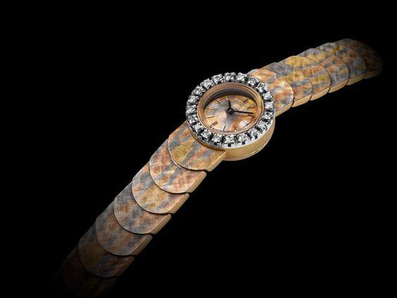 """Nuestro reloj Vintage del mes: la multicolor de 18 K oro """"compresión"""" 1960! – La mirada más reciente en el tiempo"""