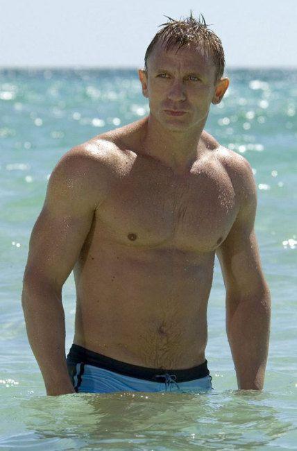 james bond bathing suit casino royale