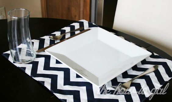 The How-To Gal: Quilted Chevron Placemats