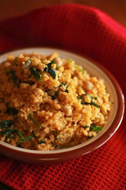 Tomato Bulgur with Spinach and Chickpeas | Middle eastern cuisine ...