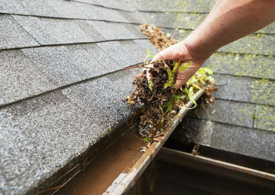 20 Cheap Home Repairs That Could Save You Thousands In 2020 Cleaning Gutters Landscaping Supplies Clean Burnt Pots