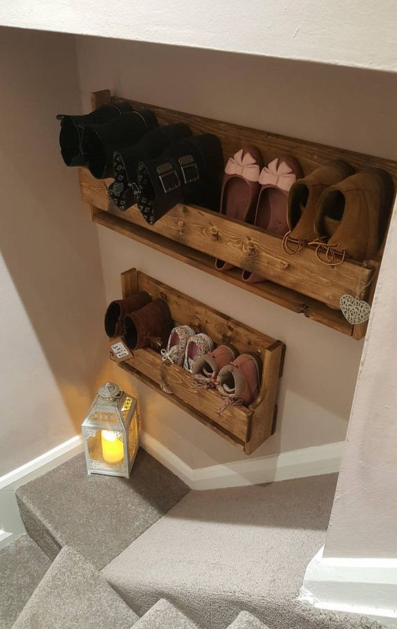 Rustic Reclaimed Wooden Small Shoe Rack This advert is for our small sized shoe rack, additional sizes are available - please see our other listings. Length: 50cm Height: 30cm Depth: 13cm Please email for a bespoke sizing Our rustic handmade Shoe Rack is made from top quality