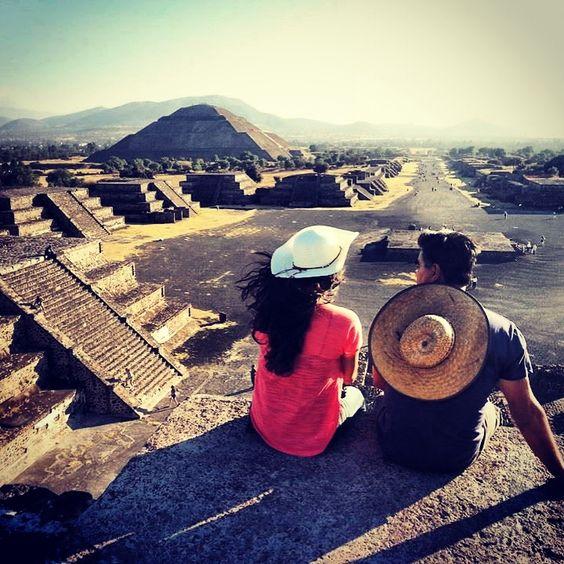 Piramide de la Luna, Calzada de los Muertos, Teotihuacan (My father and I)