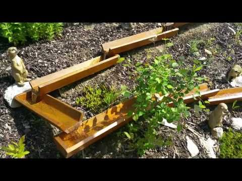 Wasserlauf Mit Toby S Holzrinnen Youtube Garten Make It Yourself Video Editor