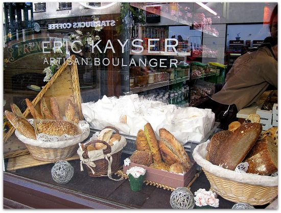 Best place for #Bread Lovers in #Paris - Eric Kayser