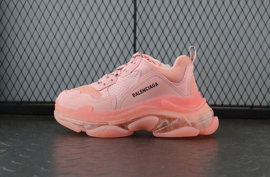 lindaYeezy $150 Perfect version Balenciaga Triple S Classic