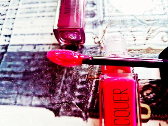 Maybelline VividHot Lacquer Sassy Erfahrung