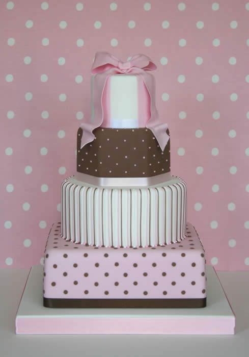 Cake Ideas: Gift Box Cakes, Gift Boxes, Cakes Cupcakes, Shower Cakes, Brown Cake, Wedding Cakes, Beautiful Cakes, Pink Cake