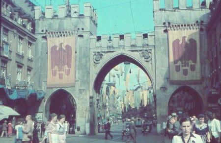 Tag der Deutschen Kunst GDK 1937 1938 Muenchen