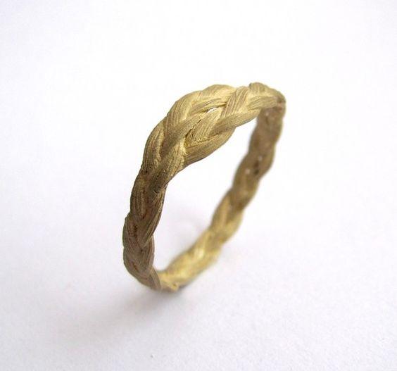Zopf braided ring in gold by VerenaSchreppel