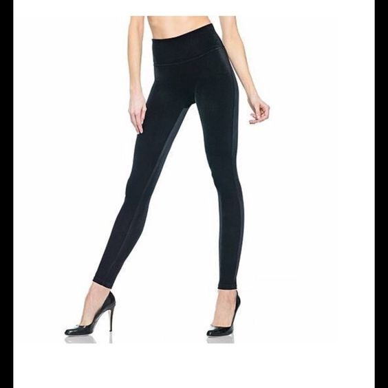 """❤️OMG❤️ Assets by Spanx Velvet Shaping Leggings Ingenious shaping leggings! These are gorgeous, flattering, soft and comfortable! You'll find yourself wondering how you ever got by without them ❤️ Size measurement on tag: waist 31-33""""; hip 38-40"""" ❤️ Assets by Spanx Pants Leggings"""