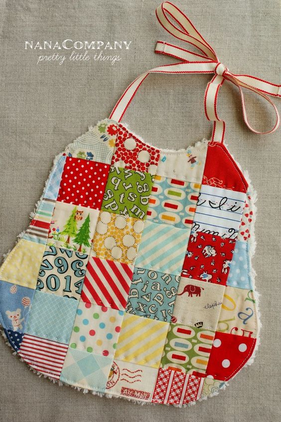 Patchwork baby bib - Scraps, terrycloth & ribbon - so simple & sweet!