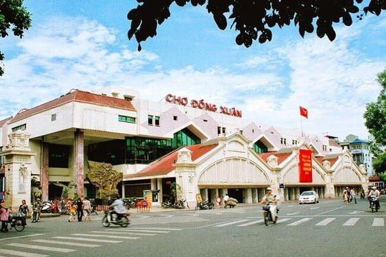 Dong Xuan Market in Hanoi, Vietnam