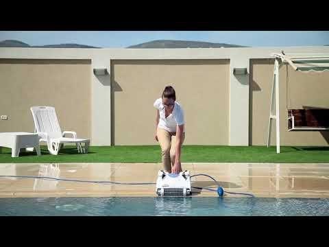 Decouvrir Le Robot De Piscine Electrique Maytronics Cosmos 20 Chariot Robot De Piscine Piscine Et Cosmos