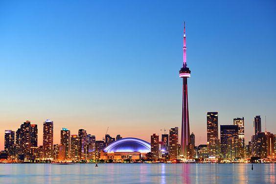 Toronto est dans notre Top 10 des villes à visiter en 2015 http://www.lonelyplanet.fr/article/les-10-villes-visiter-en-2015 #voyage #canada #toronto
