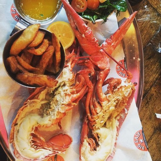 #lobster & #chips one day this will all catch up on me #foodie for #life @bigeasylondon #canarywharf #bday #celebrations by rachaelnaome