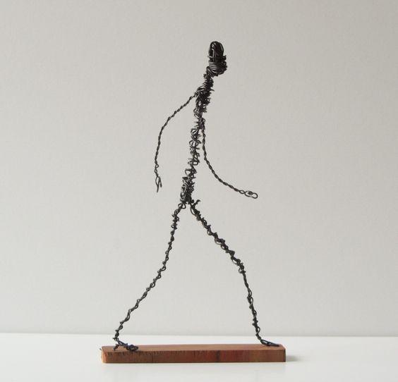 アルクスガタ にしもとのりおの針金アート