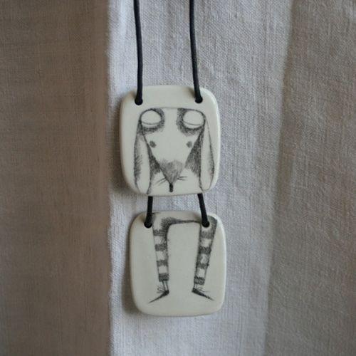 http://www.myowlbarn.com/2013/08/ceramic-jewelry-by-serena-balbo.html