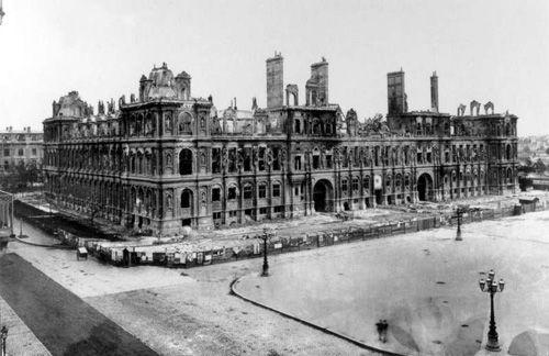 Hôtel de ville de Paris après l'incendie de 1871 - Commune de Paris