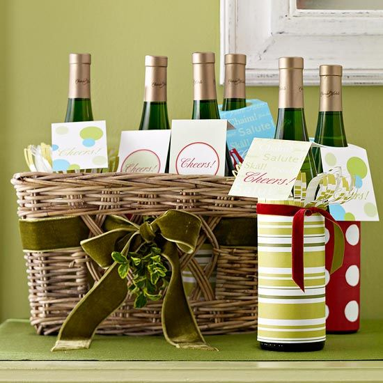 DIY Inspiration - Wrapping Wine plus using Wine Bottle Gift Tags