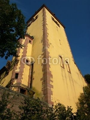 Der Turm der Gustav-Adolf-Kirche in Großauheim am Main bei Hanau in Hessen
