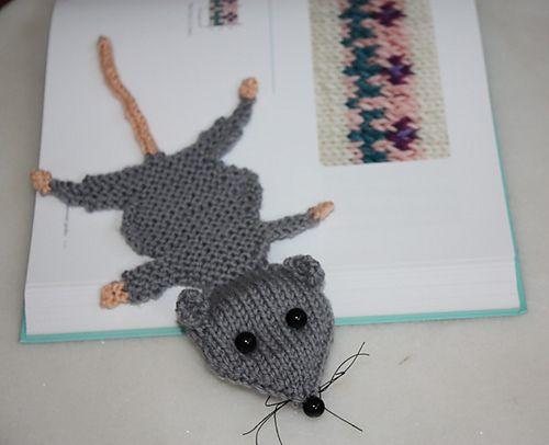 Squashed Rat Knitted Bookmark pattern by Amalia Samios ...