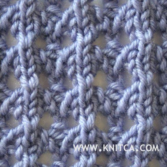 Right side of knitting stitch pattern – Lace 16 : www.knitca.com