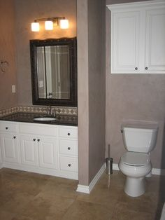 Toilets master bedrooms and privacy walls on pinterest for Privacy solution between bedroom and bath