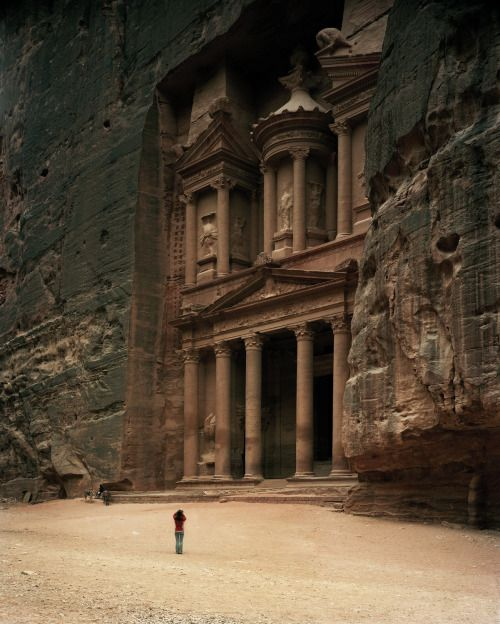 loverofbeauty:   The Treasury (5th c.BC) Petra... - (arquitectures)