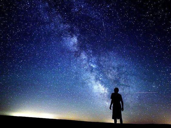 @solitalo Soy uno de los Genios Planetarios y me hago presente en estos cambios que ustedes y la Tierra están viviendo. Soy el mismo que en épocas pasadas hizo realidad los sueños de Aladino y tamb...