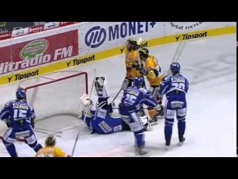HC Verva Litvínov vs. HC Kometa Brno - Neuvěřitelný zákrok Marka Čiliaka...