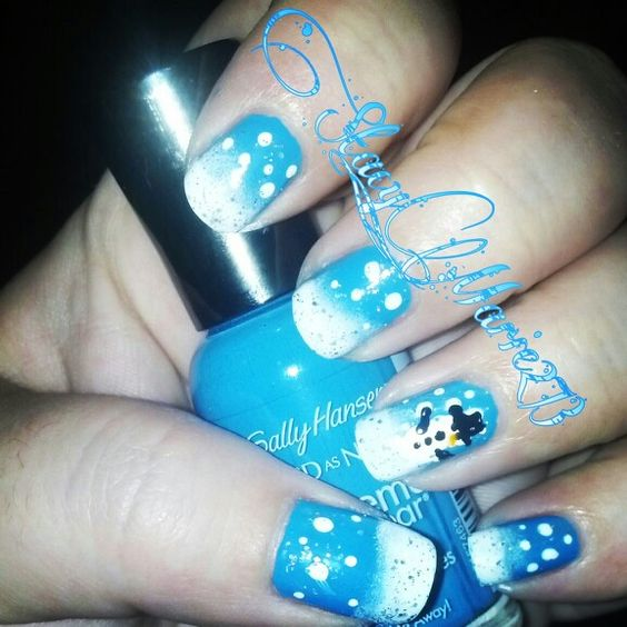 My first try at a winter design lol #nails #nailart #winternails