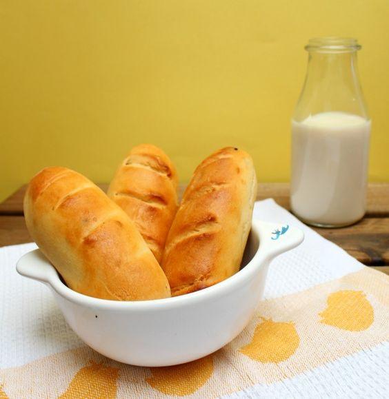 Panecillos de leche http://www.mysweetrecipe.com/2014/05/panecillos-de-leche.html